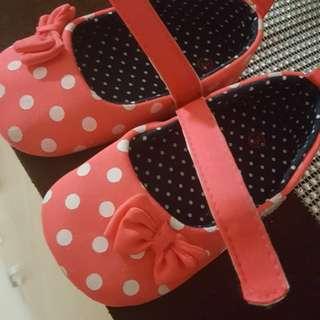 Prewalker shoes size 13