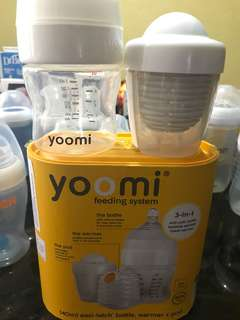 Yoomi Self warming bottle
