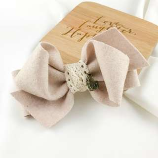 Handmade rustic hair bow clip, beige hair bow clip, champagne hair bow, wool hair bow clip, lace hair bow clip, hair bow for dress, french clip bow