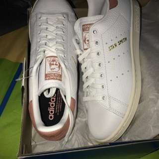Adidas original pink Stan Smith