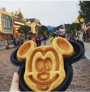 Disney Mickey Head Black Container