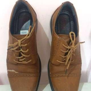 Sepatu Formal Brown Dexter [43]
