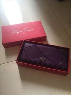 Roger Vivier long wallet Premium Quality NEGO