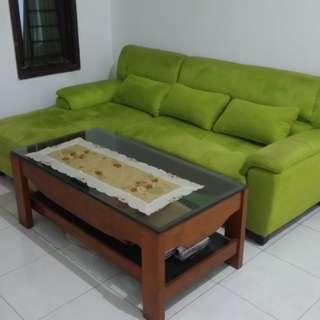 Sofa Hijau + Bantal