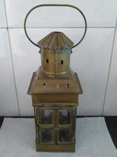 Vintage lamp used for wall and pillar