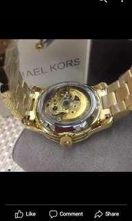 Resistable mk watch