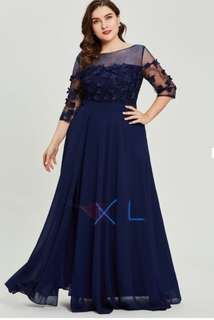 Half sleeves A line plus size gown (US16)
