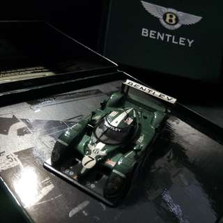 BENTLEY Collector's item: Speed 8 model. New, never used