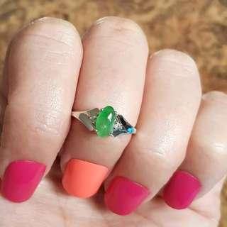 Burmese Jadeite Ring, size 6 US, Sterling Silver