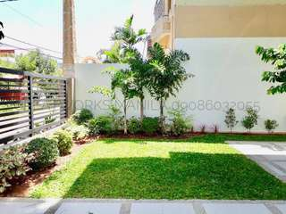 FOR SALE: BRAND NEW Modern 5 Bedroom House and Lot in Batasan Hills