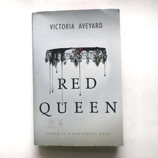 Red Queen (Buku Import)