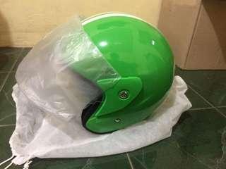 Dijual helm grab bike baru belom pernah dipake dijamin