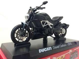 🚚 重機模型車 Ducati 杜卡迪重機車 一套8台