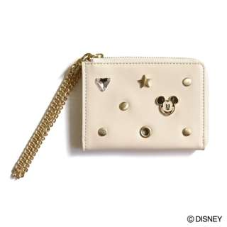 Japan Disney Accommode Mickey Mouse Ivory Pass Case