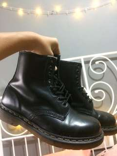 Dr Martens high cut