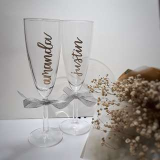Personalised Champagne Glass Wine Glass Customised Names Name Wedding Gift Birthday Present Birthday Party Anniversary Gift Calligraphy Emboss Parents' Day Mother's Day Father's Day Graduation Gift Farewell Gift Couple Gift