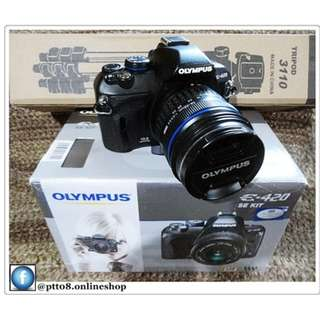 Olympus E-420 DSLR Camera with 14-42mm KitLens