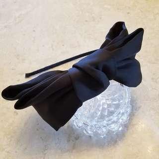 黑色 絲面 大蝴蝶結 頭箍 髮箍