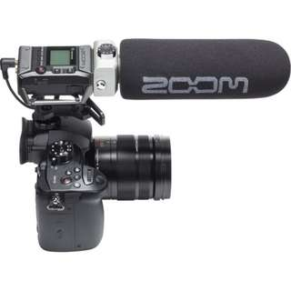 🚚 Zoom F1 Field Recorder with Shotgun Microphone for DSLR, Mirrorless or Video Camera