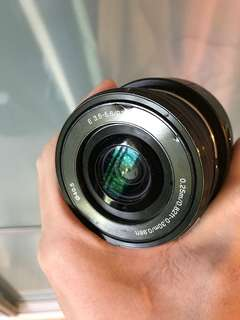 ILCE-QX1 Lens -style camera with 20.1mp sensor