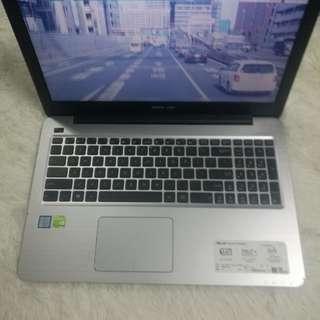 Asus FL5900 i7-6500U GT940M 4GB RAM 1TB 15.6吋FHD 獨顯打機電腦 Notebook 華碩