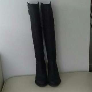 NEW  RMK LEATHER BOOTS SIZE 39