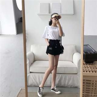 🌸[PO] White Embroidery Tee and Black Shorts