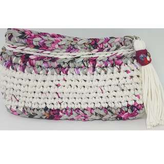 Crochet Pouch (White and red)