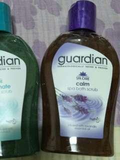 1 x Guardian bath scrubs