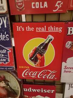Pajangan poster kaleng cocacola