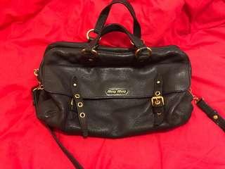 Miumiu big size shoulder bag - black