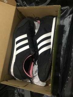 Adidas Neo 👟✨
