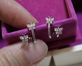 18K/750 White Color Gold Diamond Earrings