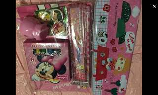 Instock Stationery set brand new each set -$4.90 bulk purchase pm me
