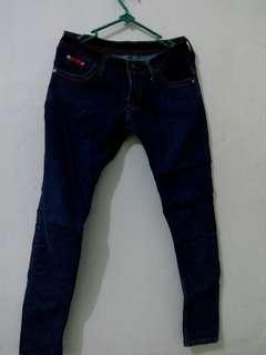 Celana Jeans no 29