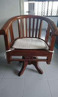 Teak swivel Chair