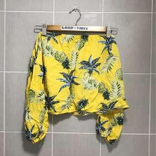 🏁Vintage Thrift Pineapple Tropical Mustard Off Shoulder Top 🏁