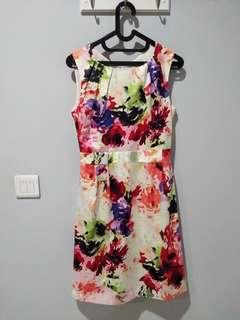 PRELOVED abstrak party dress