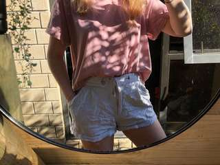 grey / light blue shorts