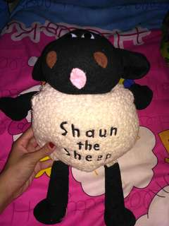 Boneka shaun the sheep