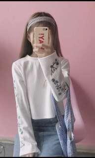 袖子花柄刺繡上衣