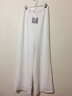 Lined white wide pants