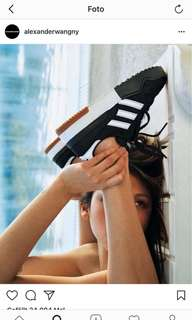 🚚 Alexander Wang x Adidas Original 新款球鞋代購