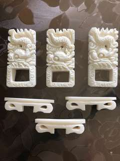 3D carving bone clip holder for shama cage