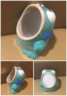 ** 分享 ** Sanrio Hangyodon 水怪 1986 年 6 吋高 人形立體鏡 (Made in Japan)