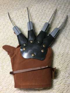 Freddy Krueger Halloween Glove for adults