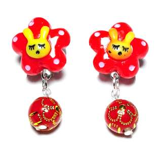 Handmade Korean Style Red Flower Bunny Bead Dropping Resin Pain Relief Safety Earring Clip For Kids