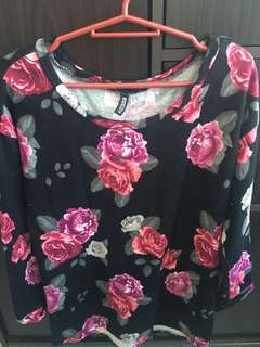 Floral top, fits medium to large