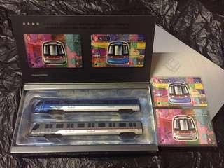 香港地鐵機場快綫、東涌綫列車金屬模型連紀念車票 Airport Express & Tung Chung Line Train Models with Tickets (1998 限量版 古董收藏 Limited Edition)