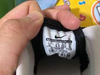 NIKE BB鞋 (黑)